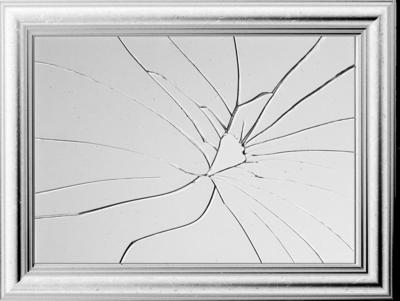 mirror cracked